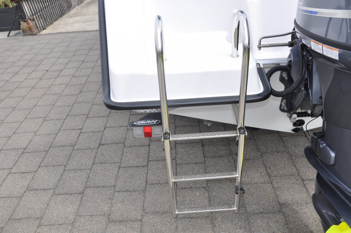 Easy entry stainless-steel folding boarding ladder | Haines Hunter